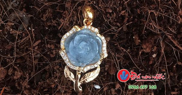 Đá aquamarine hoa mẫu đơn