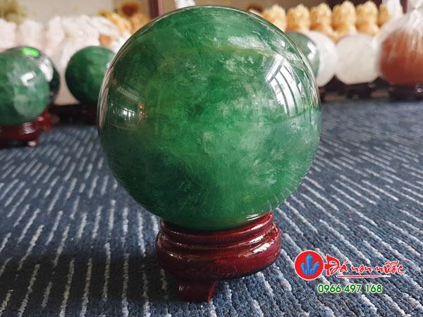 quả cầu đá thạch anh xanh